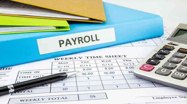 Outsourcing vs. In-House Payroll